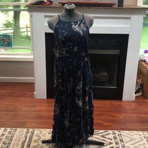 Roxy mid length dress size large